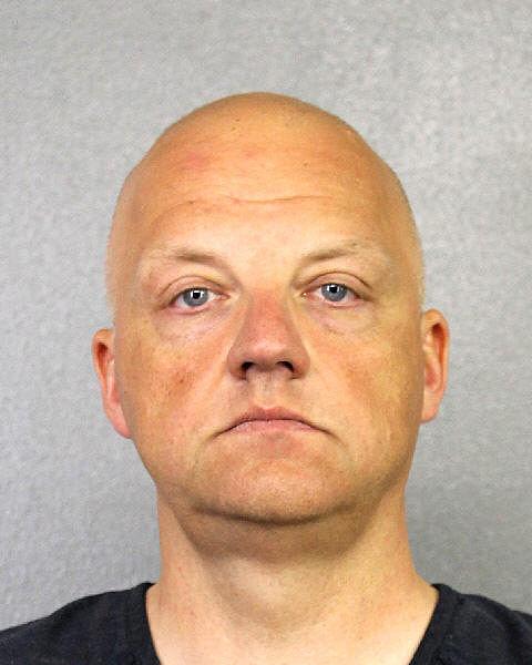 oliver schmidt - VW Executive Arrested in Dieselgate Scandal!