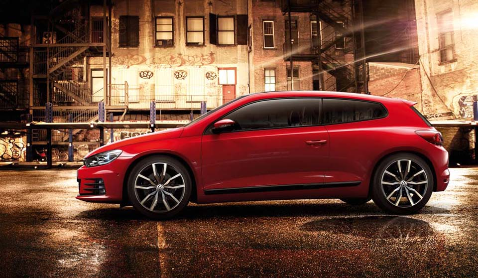Introducing... another VW hot hatch we won't see here! 2016 Scirocco