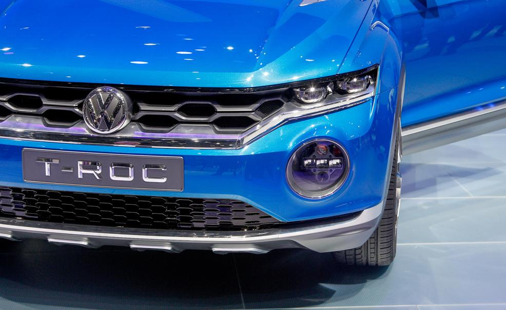 volkswagen t roc concept photo 577774 s 986x603 - Volkswagen is having two babies - Baby SUVs that is