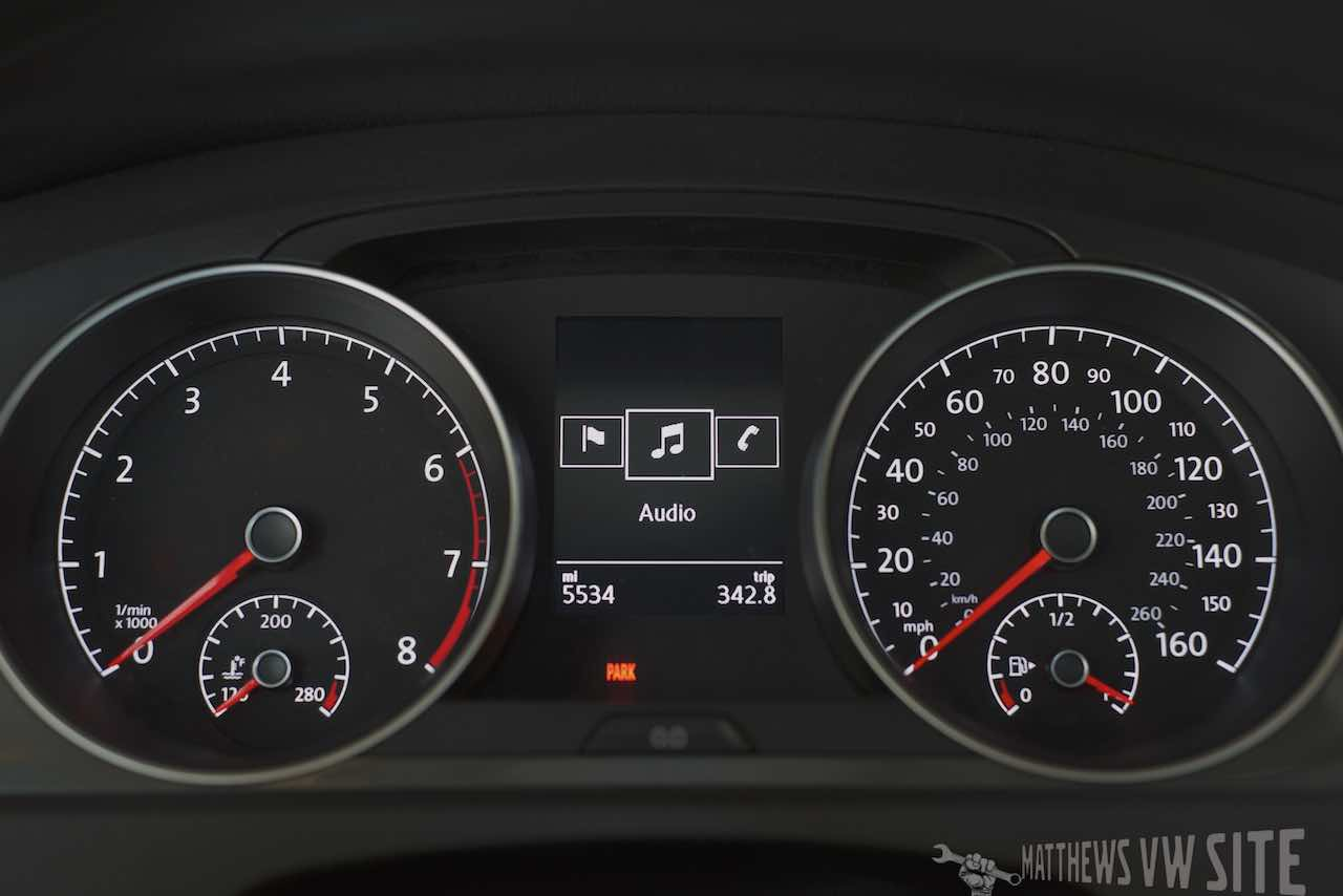 Audio page in the VW Multifunction Display