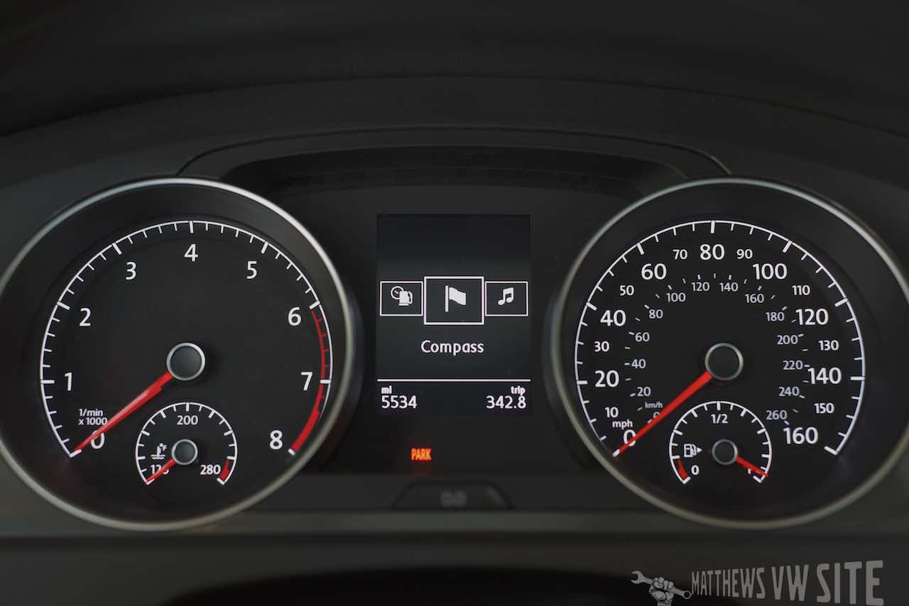 Navigation/Compass page in the VW Multifunction Display