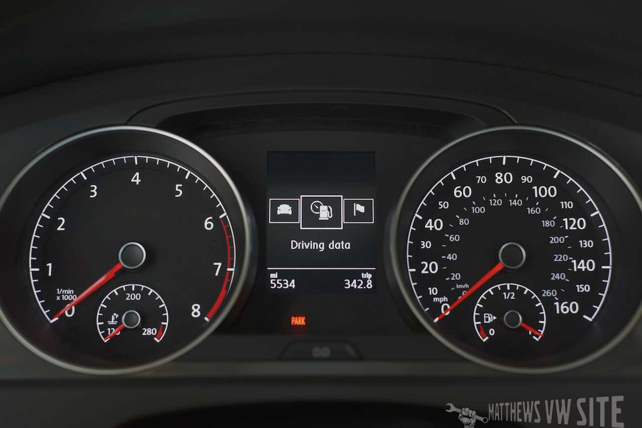 Driving Data page in the VW Multifunction Display