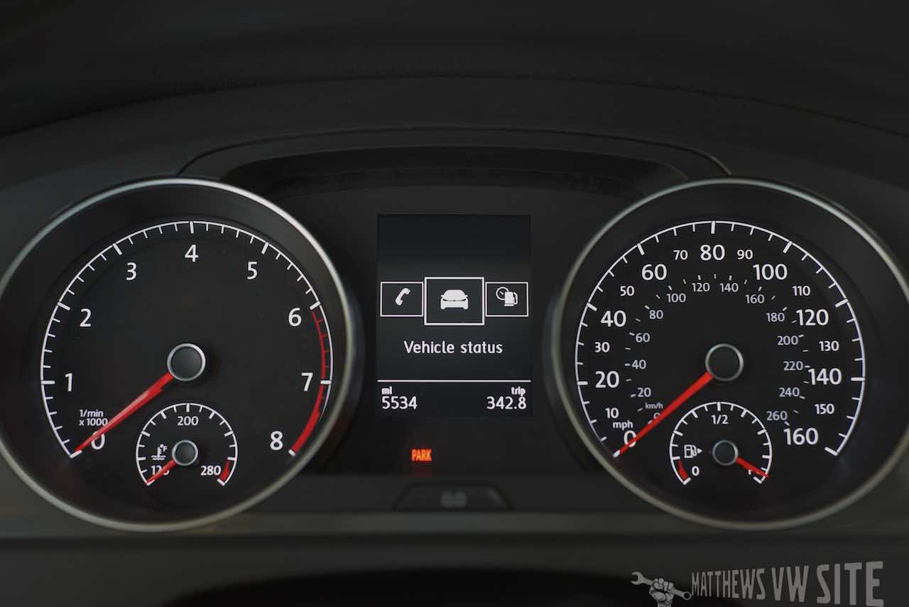Vehicle Status page in the VW Multifunction Display