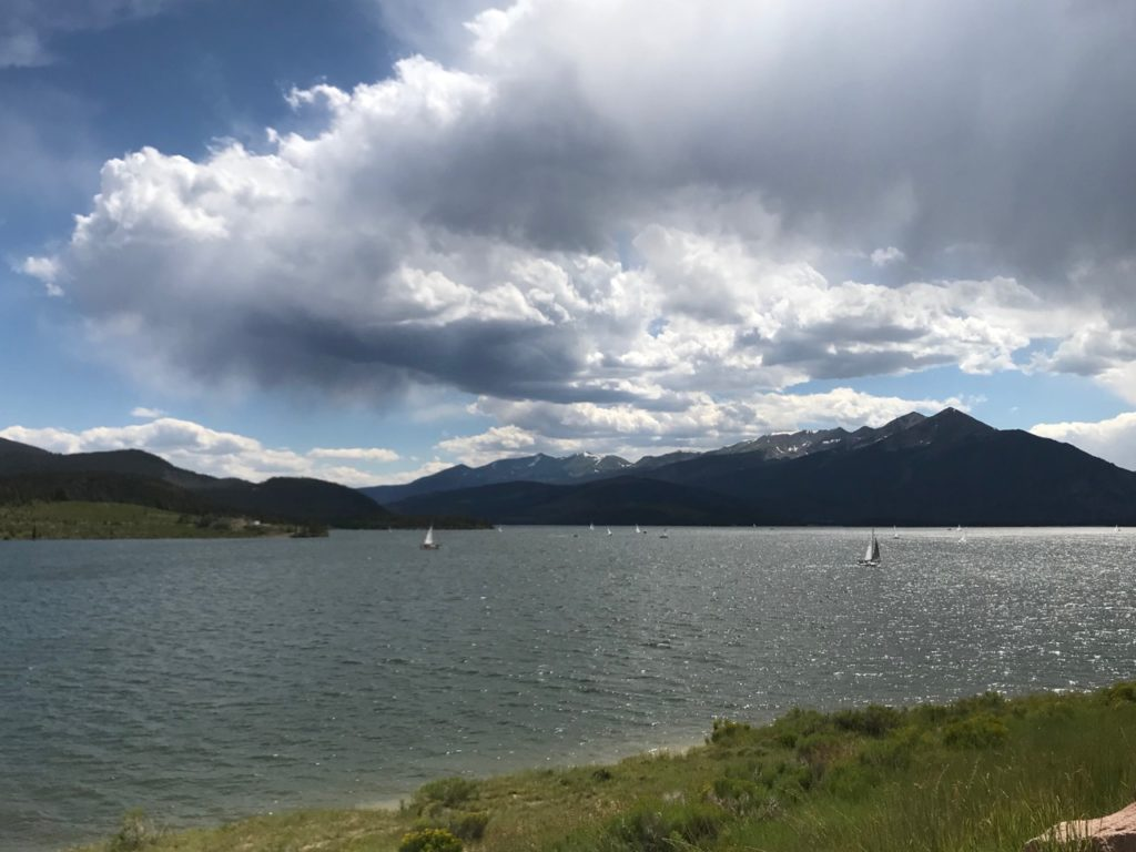 Lake Dillon 1 1024x768 - Highway MPG Report - Golf Alltrack - Mountain Twisties